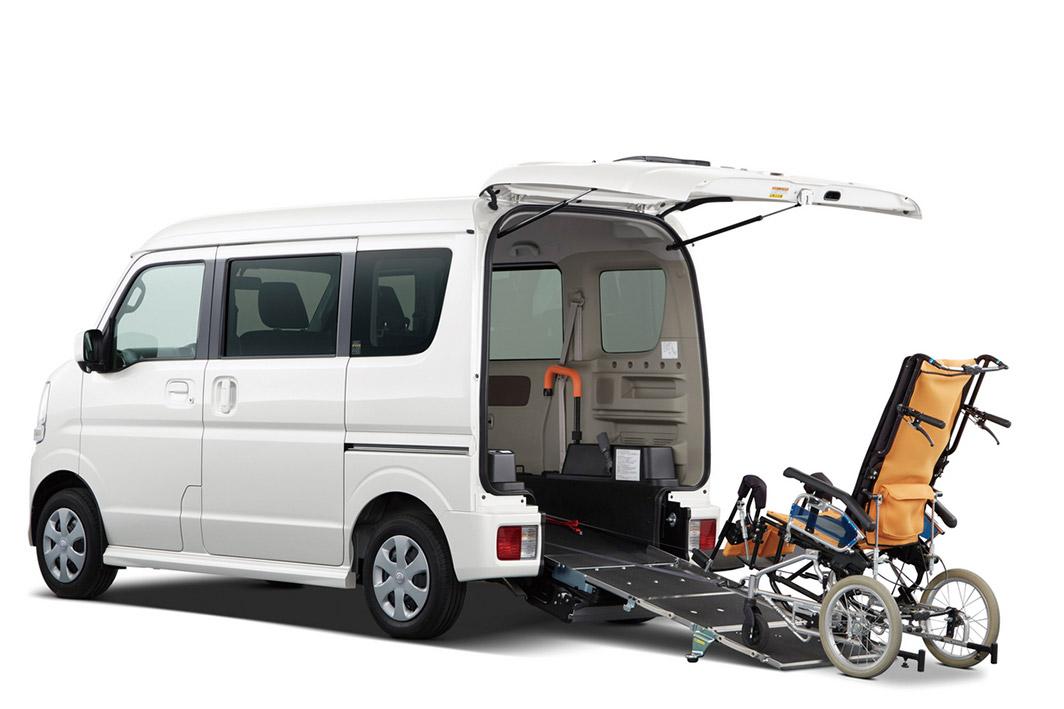 日産 NV100 クリッパーリオ(福祉車両)
